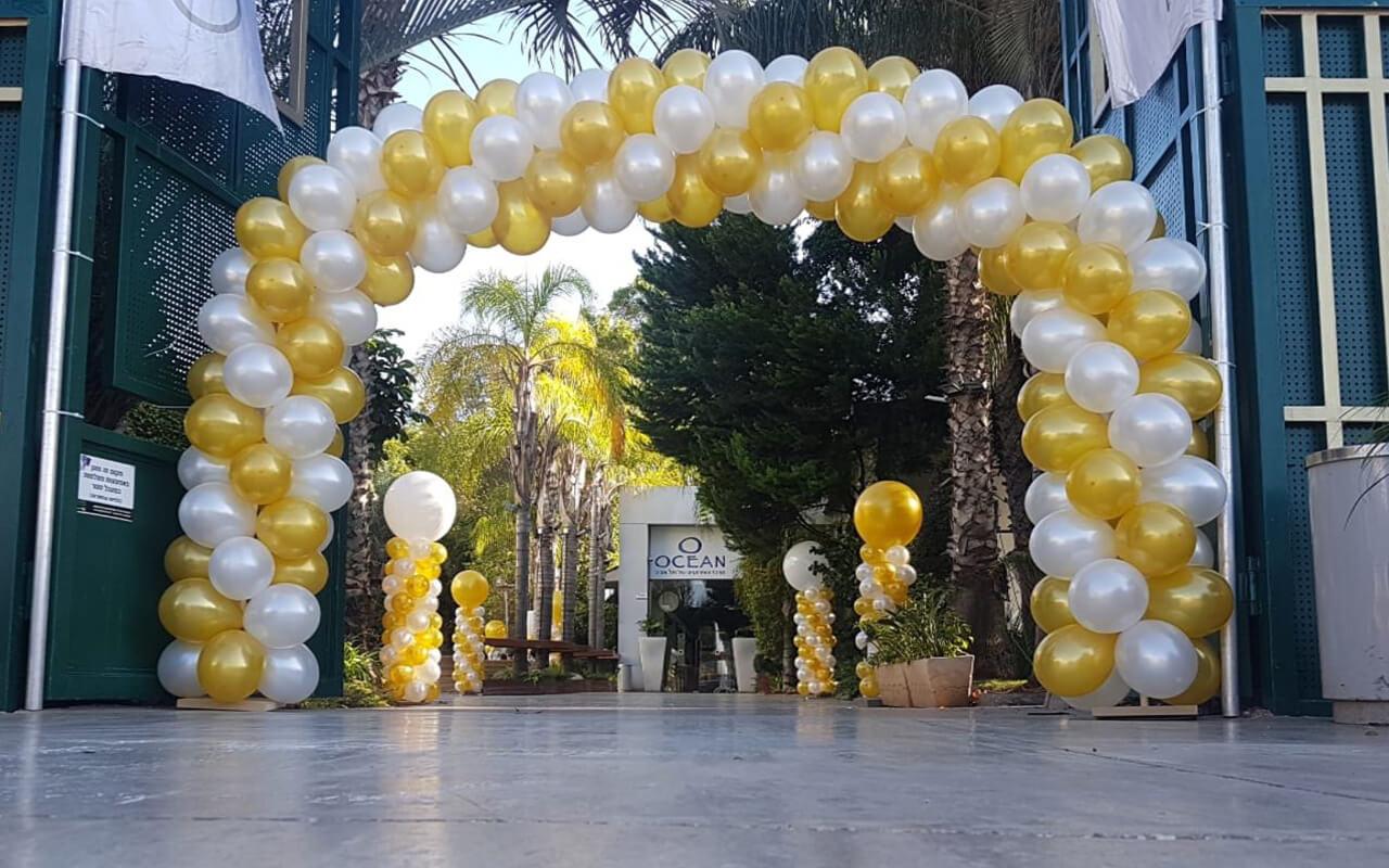 סידור בלונים לחתונה