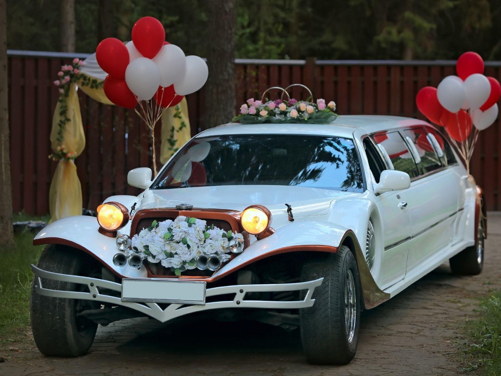 קישוט רכב לחתונה עם בלונים
