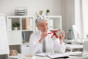 Untying gift-box
